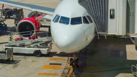 Une CDCCL (Critical Design Configuration Control Limitation) est une limitation qui impose la préservation d'une caractéristique particulière du système carburant de l'aéronef, identifiée comme critique pour la prévention des sources d'ignition.    Le per