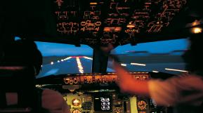 Aero Consulting - Formation pour devenir Pilote de ligne -    La filière d'État : vous pouvez présenter un des concours d'entrée à l'ENAC (École nationale d'aviation civile) : niveau bac, Bac+2 ayant suivi un cursus scientifique, licence de Pilote profess